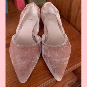 H&M blush rose velvet flats 7.5